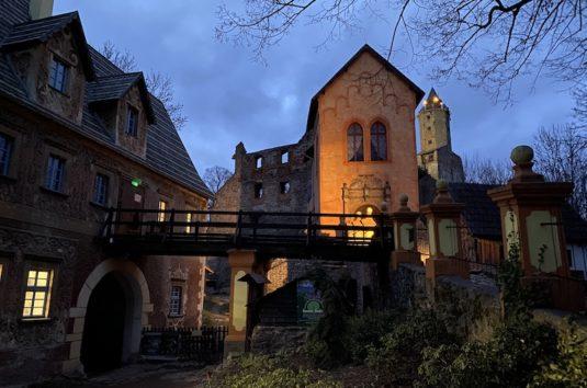 Zamek Grodno w nocy